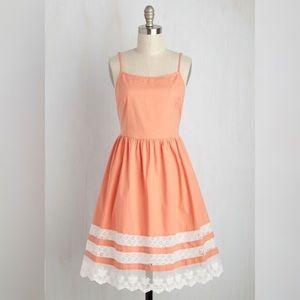 EUC Retro-Inspired ModCloth Lace Trim Dress ✨🌻